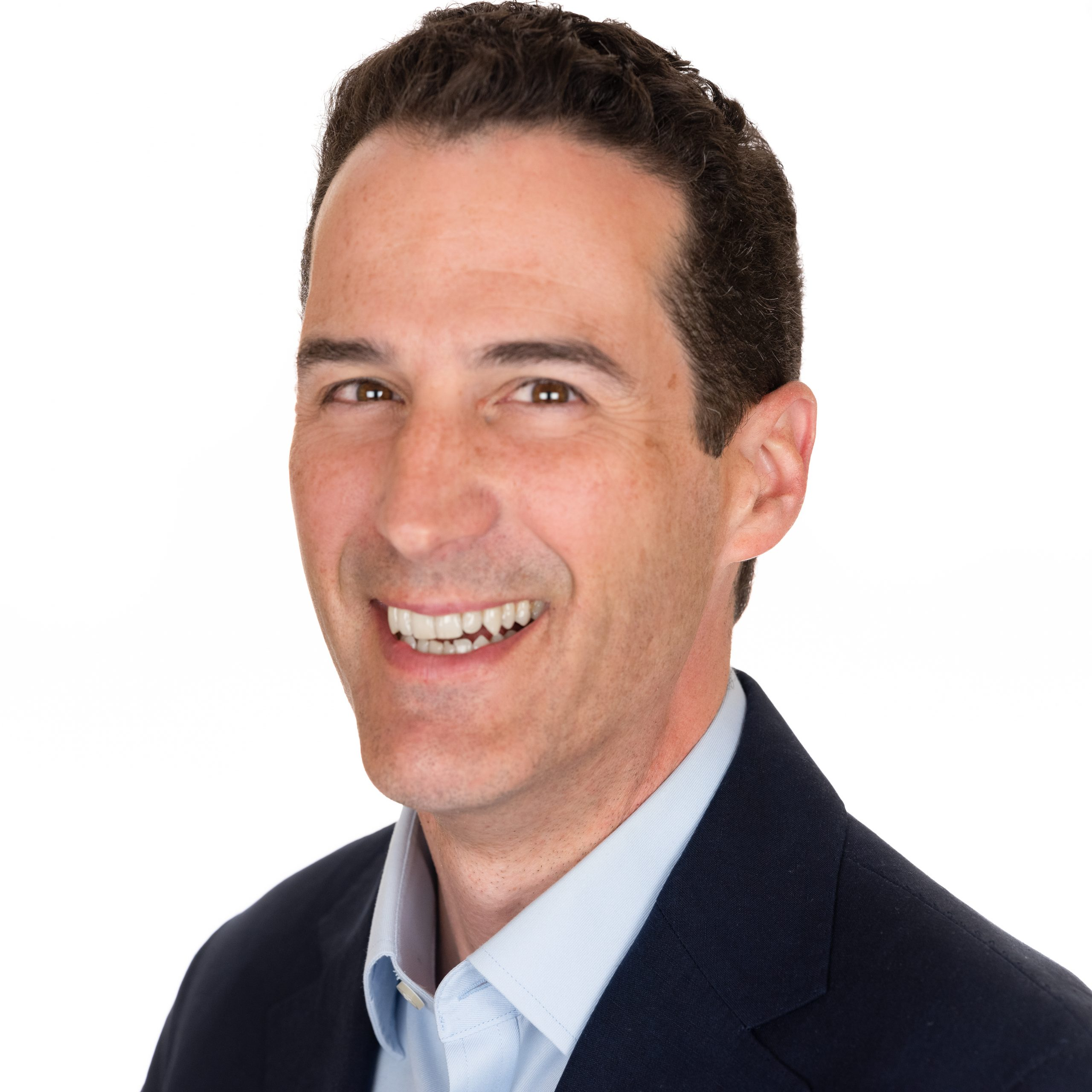 Andy Singer – Andy is a 20-year technology industry veteran. Most recently, he served as VP of Marketing at the network observability company Kentik. Prior to that, he held marketing leadership roles at EnSilo, Guardicore, Symantec and Check Point Software Technologies.